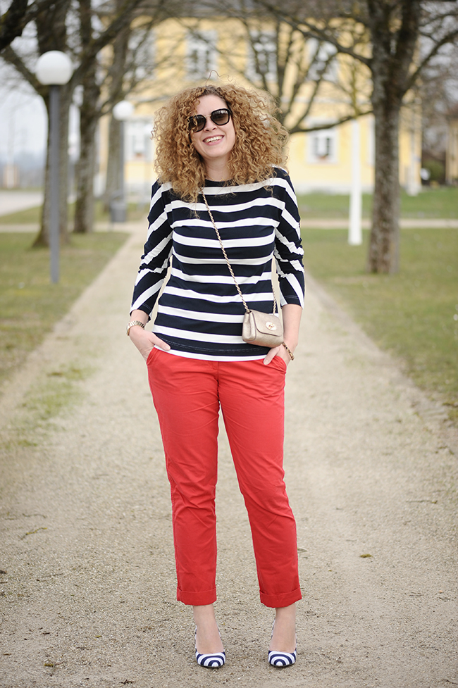 http://seaofteal.blogspot.de/2016/03/stripes-red-burda-style-092011-108.html